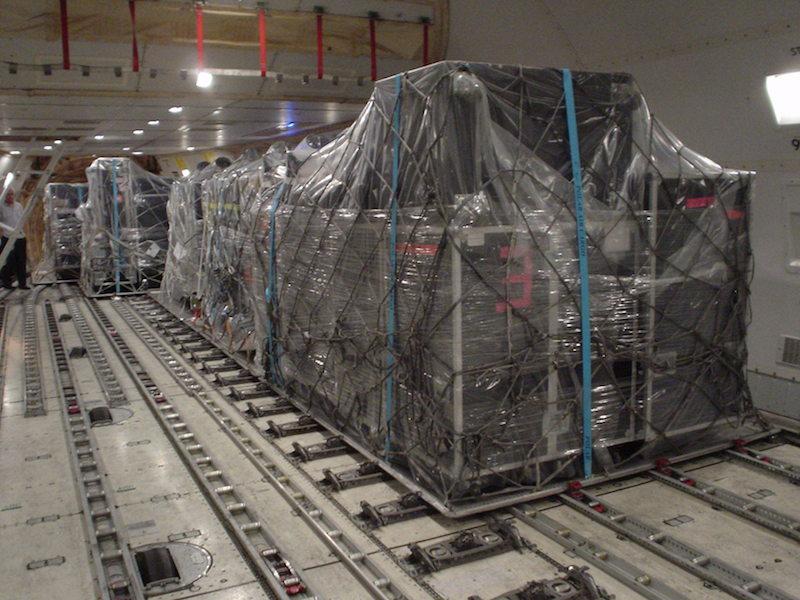 747-pallets-inside