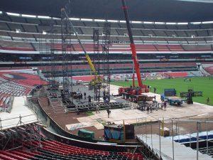 U2-Azteca-staging